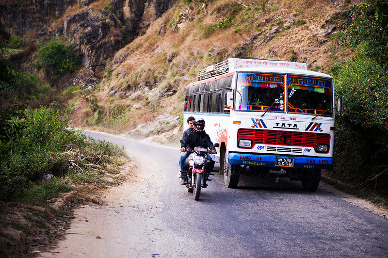 Local Nepali Bus Radu Dumitrescu Travel Fotografie Grey Wolf Studios